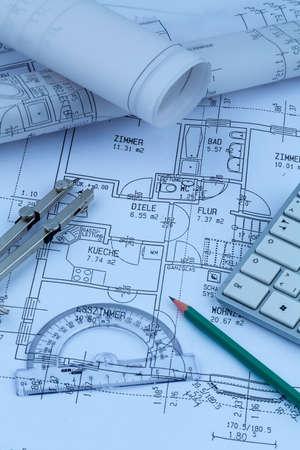 single familiy: un anteproyecto arquitectos para la construcci�n de una nueva casa. Foto simb�lica para la financiaci�n y la planificaci�n de un nuevo hogar.