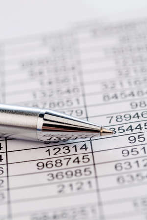 expenditure: a table with the figures of revenue and expenditure. photo icon for kosetn, profit, controlling