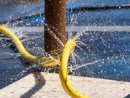 poronienie: Metoda nawadniania i wąż uszkodzony, symbolem zdjęciu problemy, usterki, błędy