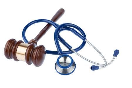 justicia: martillo y estetoscopio, símbolo de la foto de la torpeza y error médico Foto de archivo