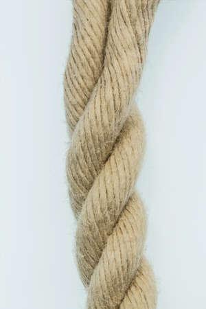 elasticidad: trozo de cuerda, foto símbolo de potencia, fiabilidad y debilidad