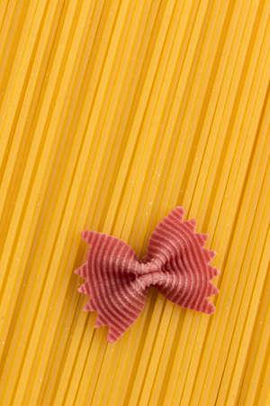 adjacent: spaghetti are adjacent
