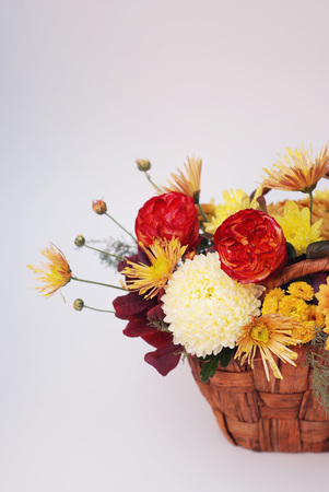 Flower arrangement with fall color carnations and