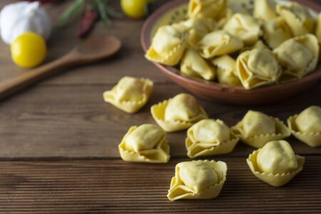 Tortellini pasta, italian traditional pasta with meat or vegetables. Homemade food. Foto de archivo