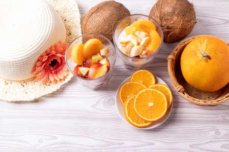 coconut and peach ice cream Stockfoto