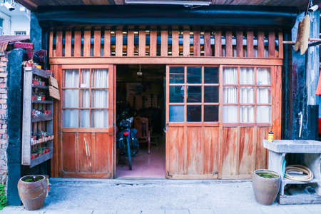 Characteristic minnan houses in Taitung, Taiwan. Old house reconstruct to bed and breakfast, can be used Taiwan Travel Marketing and home medical visit 版權商用圖片
