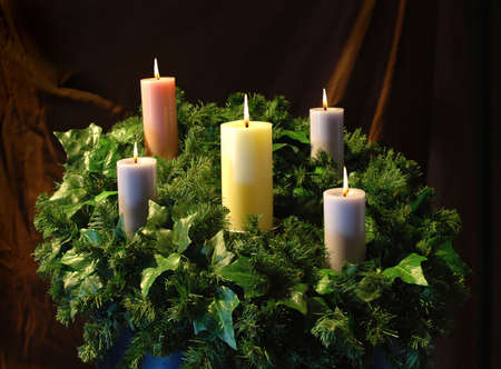 everyday scenes: Holiday Candles and wreath