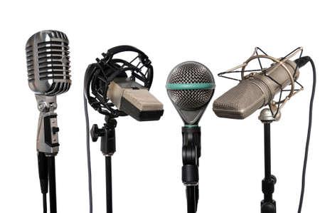 Microhones van vintage moderne uitgelijnd samen