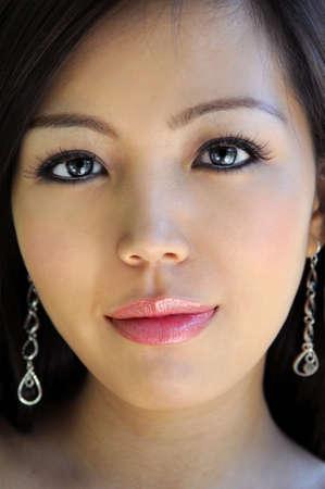 美しいアジアの女性の肖像画ビューをクローズ アップ 写真素材