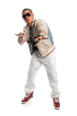 bailarin hombre: Bailar�n de estadounidense de hip hop aislado sobre fondo blanco
