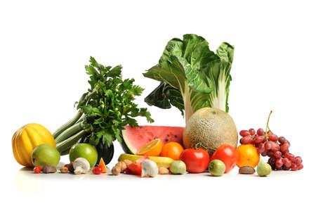 흰색 배경 위에 신선한 과일과 야채 스톡 콘텐츠
