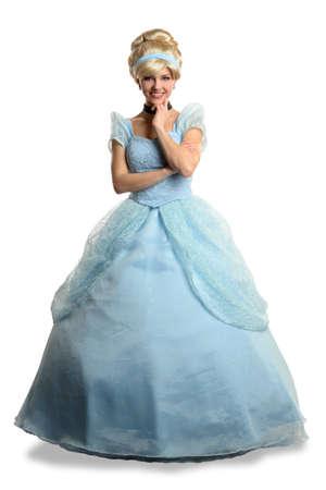 princesa: Retrato de joven bella mujer vestida en traje de la princesa aislada sobre fondo blanco