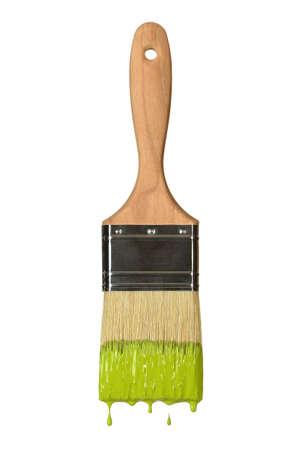 Paintbrush égouttement peinture verte isolé sur fond blanc Banque d'images