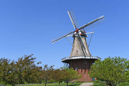 holland windmill: Windmill in Holland Michigan during daytime