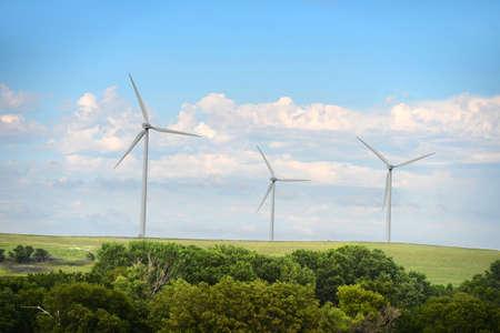 kansas: Wind turbines in open field in Kansas