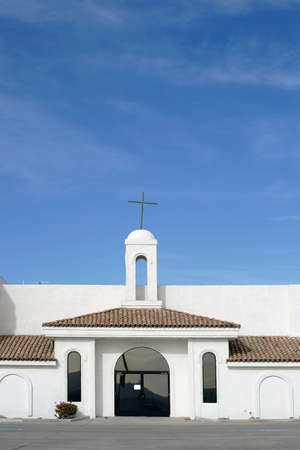 spanish style: A church in the Spanish style, with whitewashed walls and simple construction on in Lake Havasu City. Stock Photo