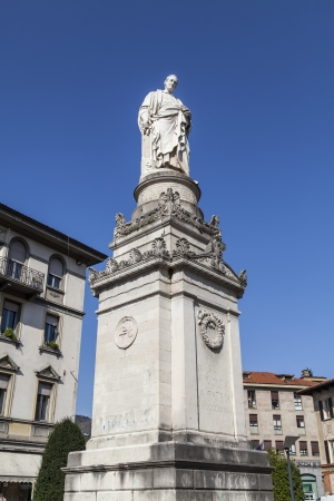 Being born in Como in 1758, Alessandro Volta is very popular in his home town who dedicated streets, squares and a museum that contains the remains and documents of his most important discovery  the pile forerunner of modern electric battery  In places Ca photo