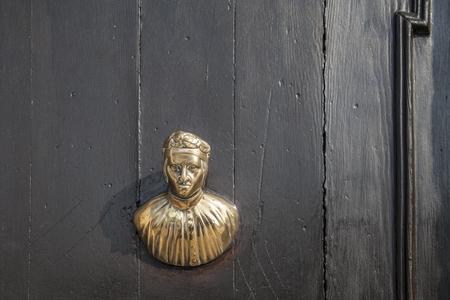 door knocker: Italian door knocker in the form of Venetian Doge