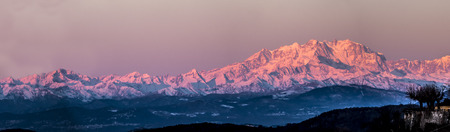 Monte Rosa lit by the morning sun 版權商用圖片
