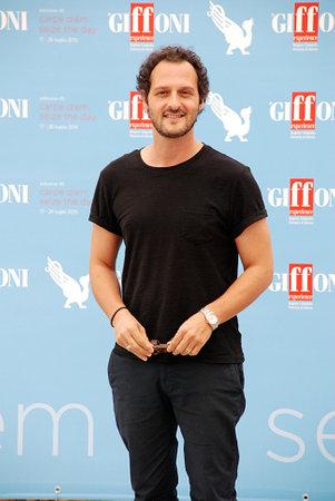 Giffoni 발레 Piana, 사, 이탈리아 -2010 년 7 월 25 일 : Giffoni 영화제 2015에서 파비오 Troiano - 2015 년 7 월 25 일 Giffoni 발레 Piana, 이탈리아에서