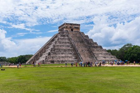 View of the Kukulcan pyramid in the Mayan archeological area of Chichen Itza (Yucatan, Mexico).