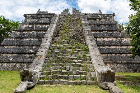 Mayan ruins in Chichen Itza (Yucatan, Mexico).