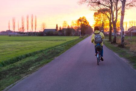 Living a healthy lifestyle while traveling by bicycle.