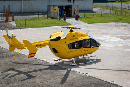 squad: Yellow Emergency Helicopter, medical rescue team - flying squad