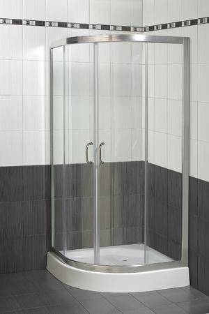cabine de douche: cabine de douche moderne Banque d'images