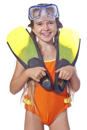 badpak: acht jaar oude meisje met duikbril
