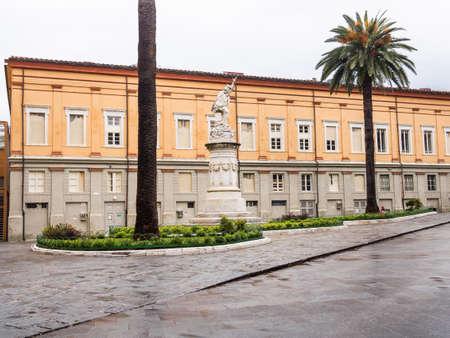 Impressive marble statue that Carrara dedicated to Giuseppe Garibaldi