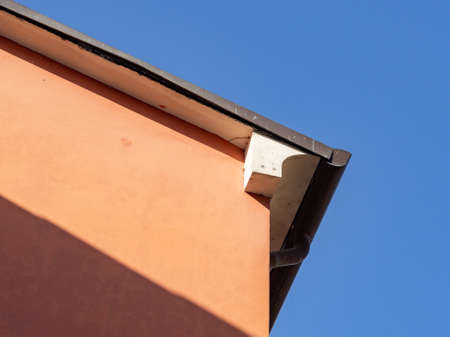Urban architecture, detail of the building cover and eaves Archivio Fotografico - 107336187