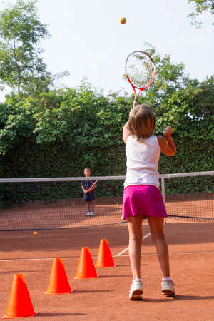 hijos a la escuela de tenis photo