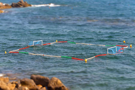 waterpolo: un campo de polo acu�tico en el mar