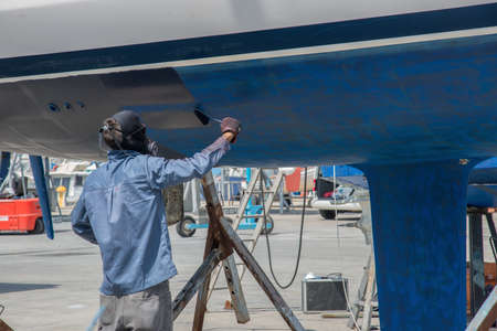 boat maintenance out of the water