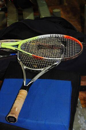 various worn and worn tennis rackets