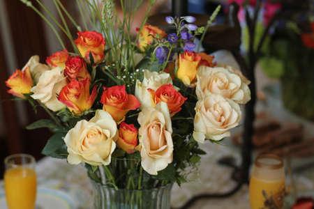 bouquet of flowers in vase Banco de Imagens