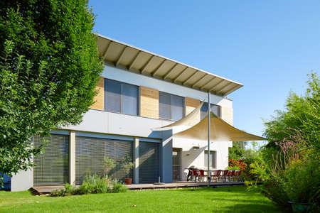 Mooi modern huis Stockfoto