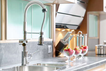 Professional single lever faucet kitchen in modern Standard-Bild