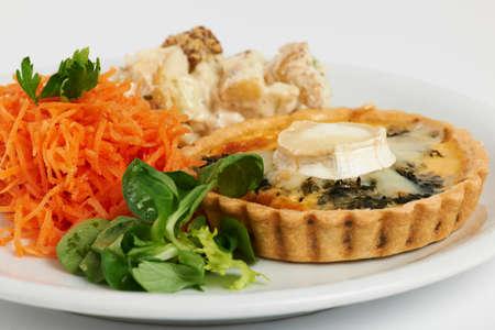 salad plate: quiche piatto di insalata