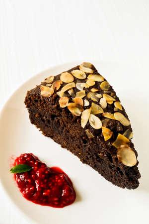gateau chocolat: G�teau au chocolat avec amandes