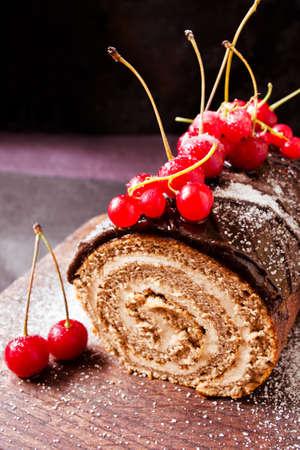 yule: Chocolate log cake