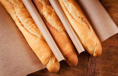 Baguettes françaises fraîches de la boulangerie Banque d'images