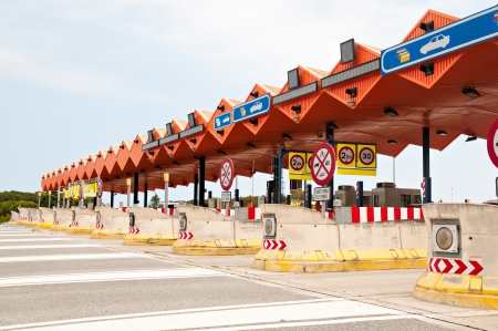 Overview of a toll zone on a highway