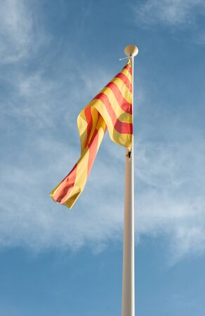 autonomia: Detalle de la bandera de la autonom�a de Catalu�a en Espa�a Foto de archivo