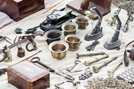 decorative objects: Decorative objects in Antiques Market