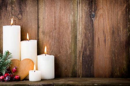 kerze: Weihnachten Kerzen und Lichter. Weihnachten Hintergrund.