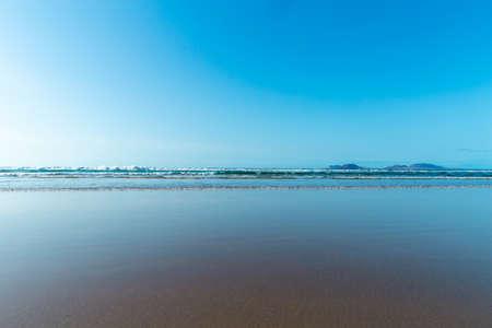 Panorama of beautiful beach and tropical sea of Lanzarote. 版權商用圖片