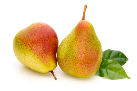 Fresh bio pear with leaves on isolated white background. Stockfoto
