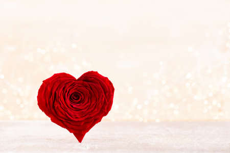 Valentines Day background with red rose hearts. Greating cards. Stockfoto